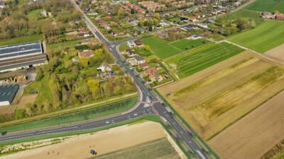 omleidingsweg en kruispunt met Woumenweg_2